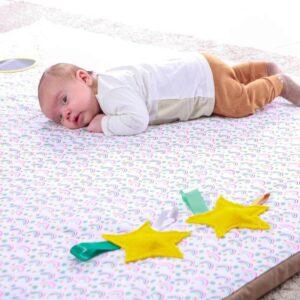 enrolla gateo para bebes